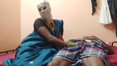 Tamil bf video kanavan manaiviyai thadavi ookiraan