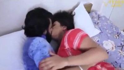 Hot mallu bhabhi nude mulai sappi ookum sex video