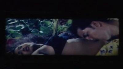 Kathaliyai iravil mulai sappi sex seiyum sex video tamil movie