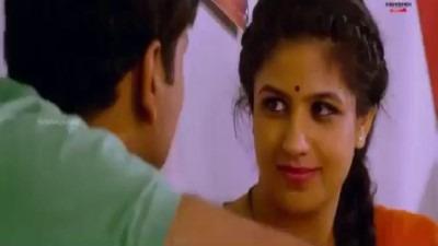 Auntyai thadavi sema moodu eatrum xxx tamil sex movie